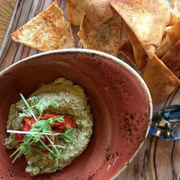 Edamame Hummus + Pita Chips